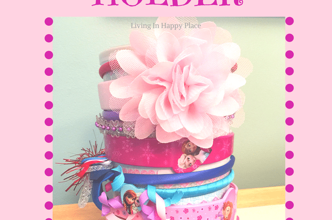How to organize headbands! DIY headband holder or organizer for baby, girl, or women. Easy tutorial on how to make a headband holder stand for about $1. Display in your nursery or hold bows and headbands for girls!
