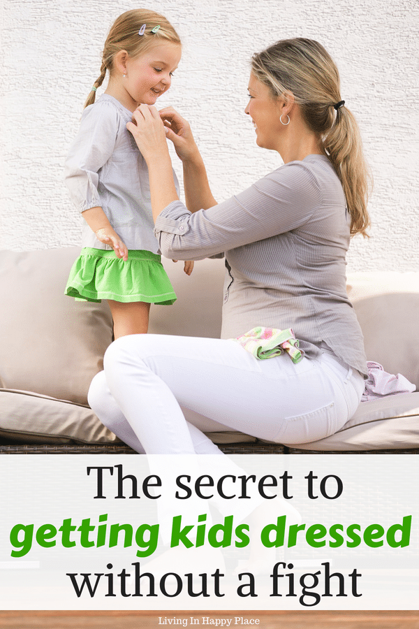 What is the best way to get ready in the morning? Have trouble getting kids dressed for schoolin the morning? Get ready for schoolthe easy way with these 5 tips to help kids pick out school clothes. Win the morning wardrobe battle and have an easier school morning. #school #morning #schoolmorning #morningroutine